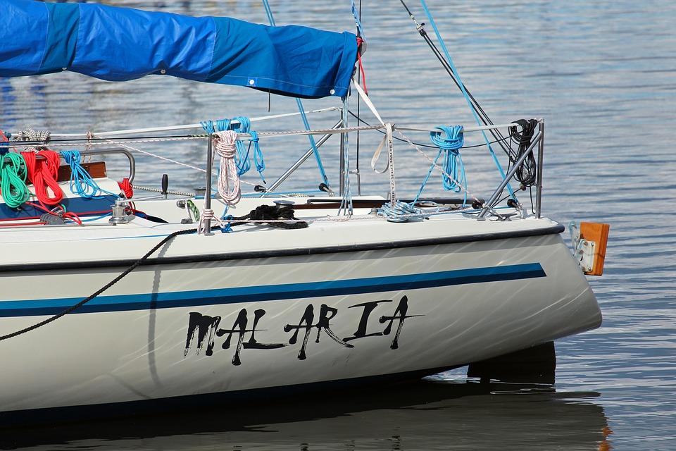 nom-de-bateau-ualaria