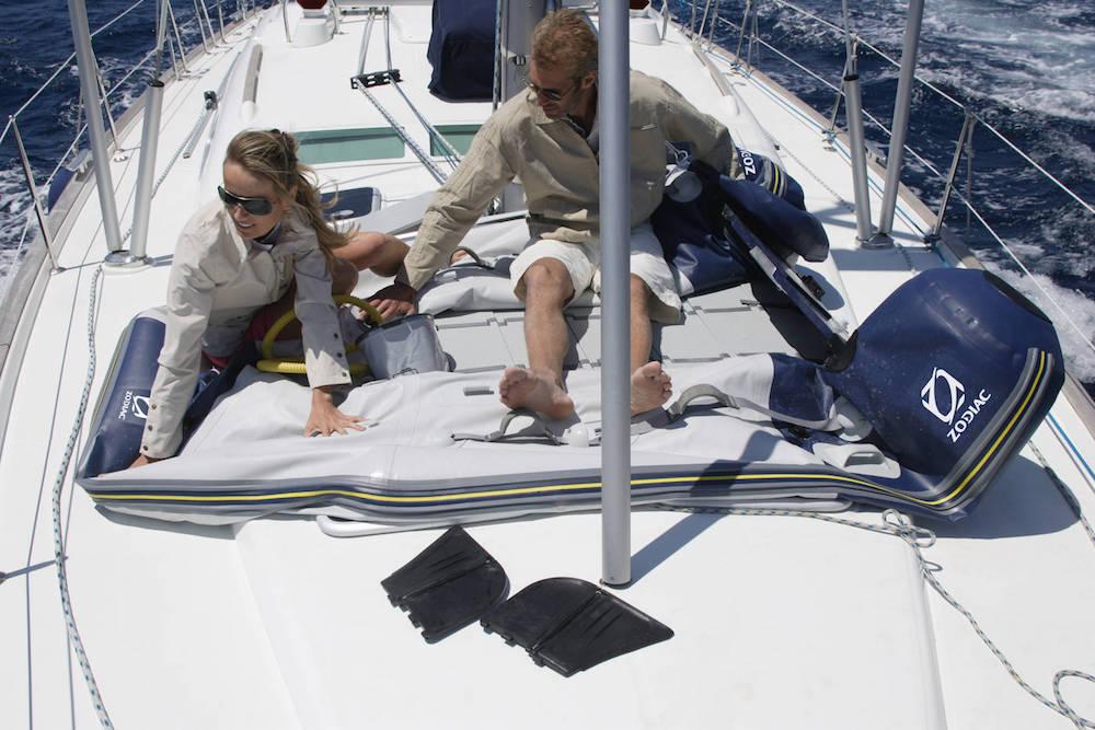 1-elegir-barco-a-motor-neumatica-zodiac