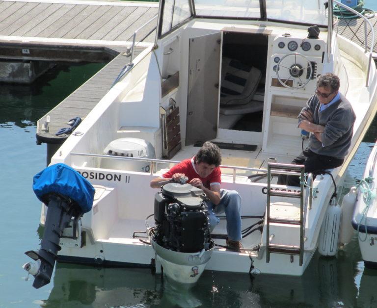 1-ensenar-barco-motor-en-orden-768x628-1